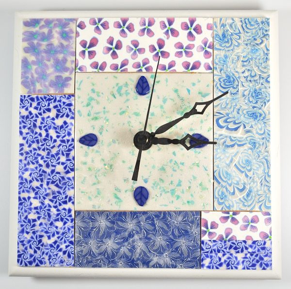 Blue flowered mosaic clock.