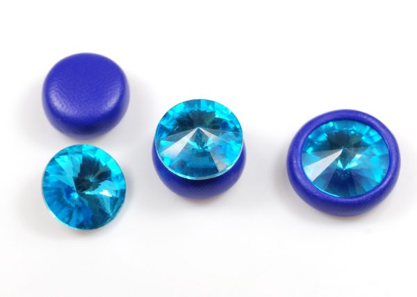 Can you bake crystals in polymer clay? Yes, heat will not harm glass crystals. Learn more about using crystals with clay ...