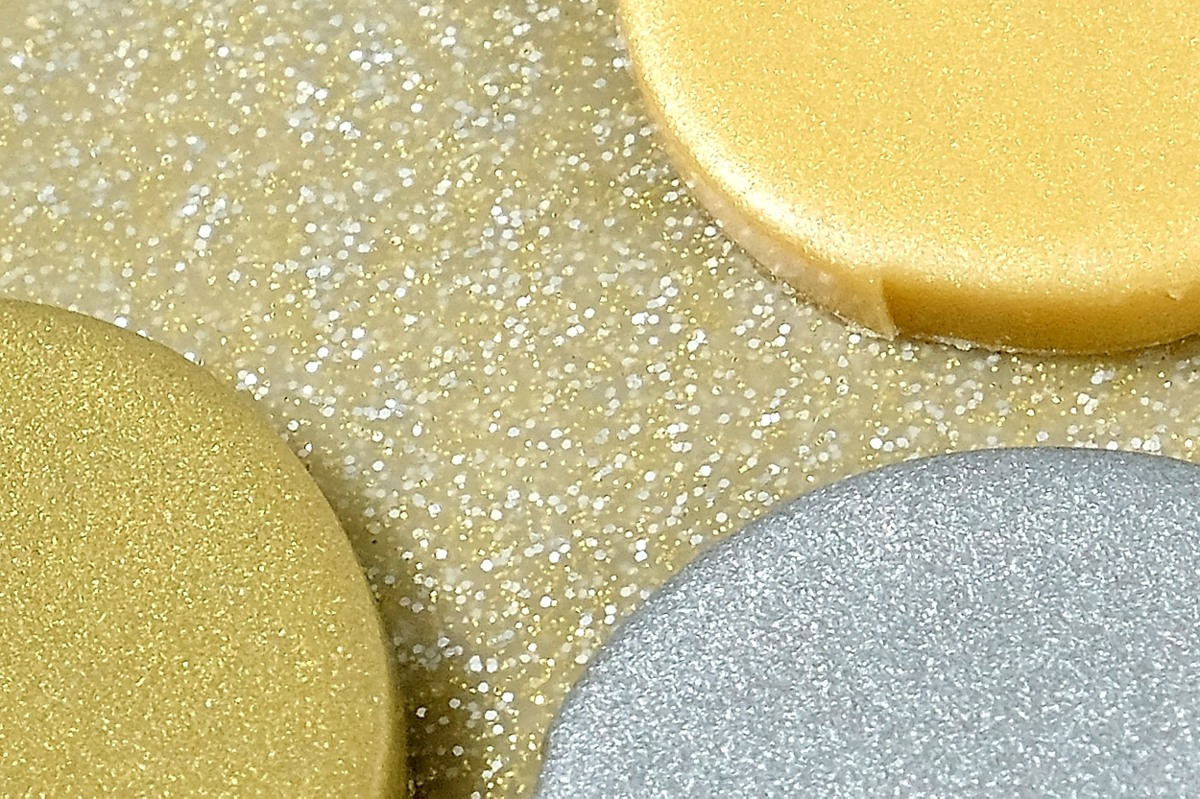 Premo metallic polymer clay over the top of Premo white gold glitter clay.